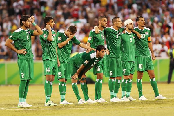 iraq-iran-players.jpg